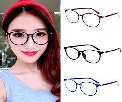Tips Memilih Kaca Mata Sesuai Bentuk Wajah  467eef129b