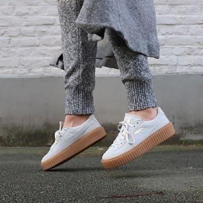 Sneakers Putih Lagi Tren, Sudah Punya yang Sesuai Untukmu?