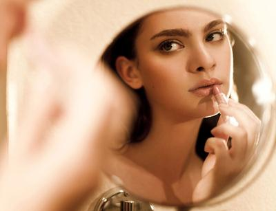 Lipstik Matte Warna Nude dari Brand Lokal untuk Sehari-hari