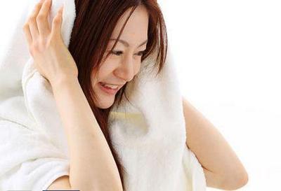 Trik agar Blow Rambut Tahan Lama