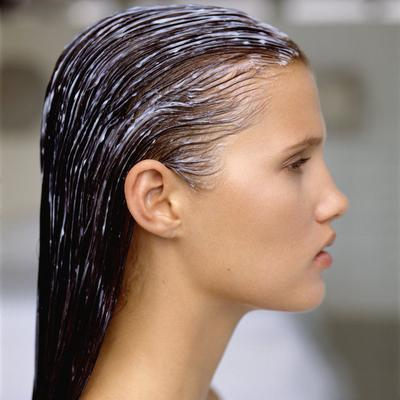 Tips Memakai Masker Rambut yang Tepat