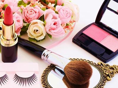 5 Brand Makeup Favorit Wanita Usia 30-an
