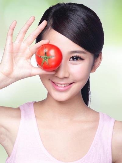 Masker Alami dari Tomat untuk Mengatasi Kulit Berminyak