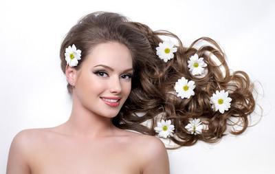 Cara Alami untuk Dapatkan Rambut Panjang dalam Waktu Singkat