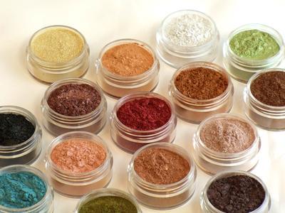 Ketahui Keunggulan Kosmetik Berlabel Mineral