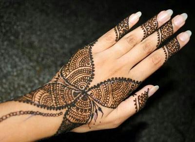 Warna Henna-mu Cepat Memudar? Lakukan Hal Ini