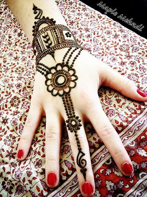 Gambar Henna Tangan Simple Tapi Cantik