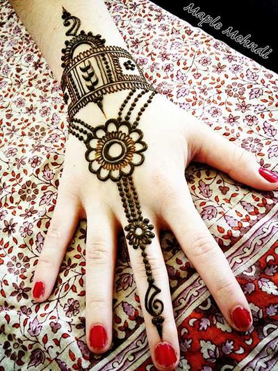 7 Tips Agar Henna Tak Mudah Pudar Cosmetics Beautynesia