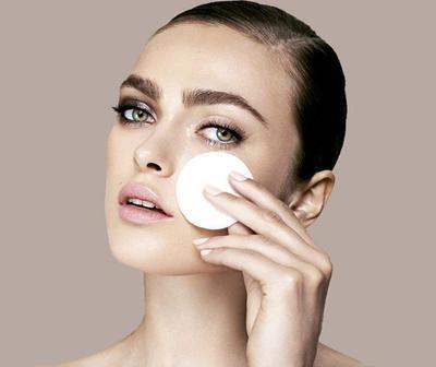 Jangan Asal Hapus! Inilah Cara dan Tips Menghapus Eye Makeup dengan Benar