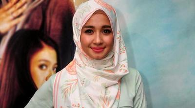 Hijabers Wajib Tahu: 3 Aturan Penting Cara Makeup Wanita Berhijab