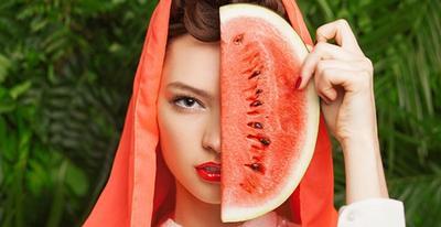 Cara Mempercantik Kulit Wajah dengan Semangka