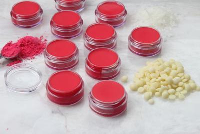 Resep Membuat Lip Liner Homemade Agar Bibir Lebih Sehat dan Menawan