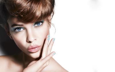 Rekomendasi 8 Produk Kosmetik untuk Makeup Pemula