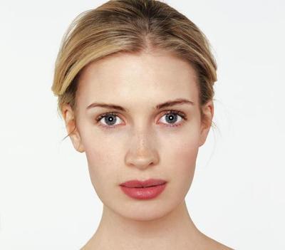Tips 'No Makeup' Look untuk Tampilan Natural Setiap Hari