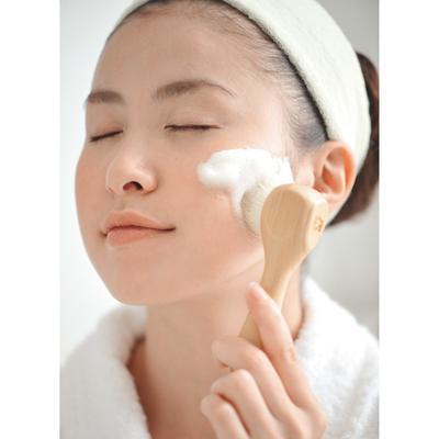 Ini Akibat Mencuci Muka dengan Facial Wash Alami untuk Kulit Berminyak