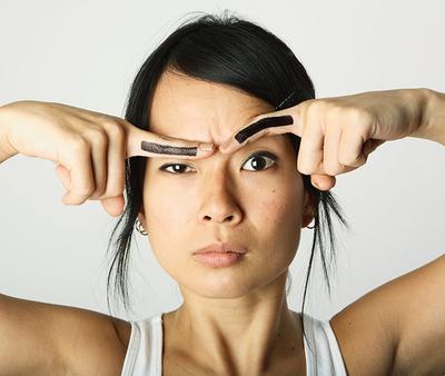Kesalahan yang Sering Terjadi pada Eyebrow Makeup