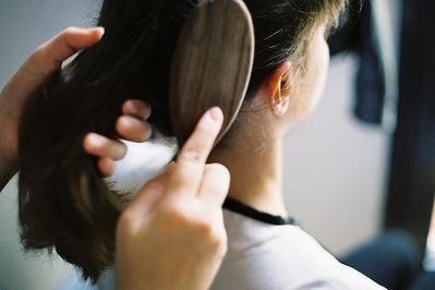 5 Kesalahan dalam Menyisir Rambut yang Perlu Kamu Ketahui