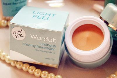 Wardah Everyday Luminous Creamy Foundation