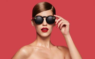 Kacamata Super Stylish dari Snapchat Ini Bisa Merekam Video!