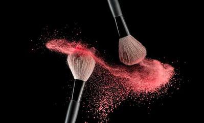 Kamu Hanya Membutuhkan 6 Aplikator Makeup ini Untuk Makeup Sehari-Hari