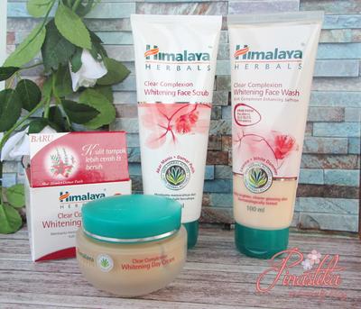 Cerahkan Wajah Kusammu Dengan Himalaya Herbals Clear Complexion Whitening Series