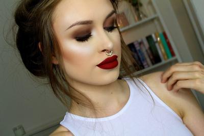 Lipstick Warna Merah Tua Terbaik Dengan Harga Terjangkau