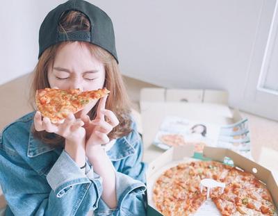 Jangan Hanya Berkata 'Diet Mulai Besok', Lakukan Hal Ini Jika Kamu Makan Berlebihan