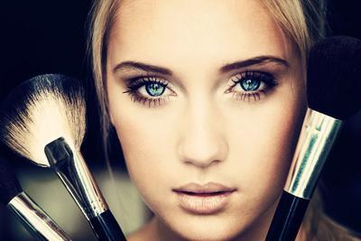 Urutan yang Benar Mengaplikasikan Makeup
