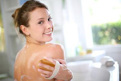 Rekomendasi Sabun Mandi yang Ampuh Mengusir Jerawat Pada Tubuh