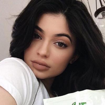 5 Warna Terbaik Lipstick Nude Dupes Dari Kylie Lip Kit Exposed
