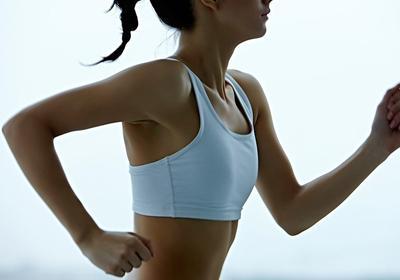 Haruskah Mengenakan Sport Bra Saat Olahraga? Simak Penjelasannya Disini!