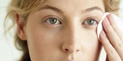 Kecilkan Pori-Pori dengan Pilihan Toner untuk Kulit Sensitif