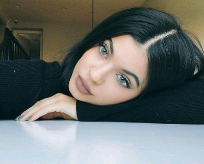 5 Lipstick Nude Bagus yang Sering Disebut Dupe Kylie Lip Kit Dolce K