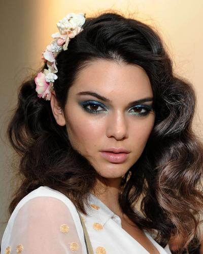 Jangan Ketinggalan Trend Kecantikan 2017 yang Sedang Populer di Kalangan Selebriti Ini!