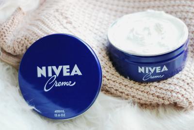 Segudang Manfaat Kecantikan yang Bisa Kamu Dapatkan Hanya dengan Nivea Cream