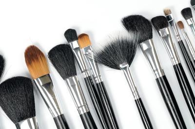 Ini 3 Merk Makeup Brush Berkualitas untuk Pemula dengan Harga Bersahabat