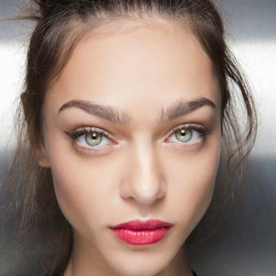 Panduan Memilih Warna Lipstick yang Nge-Hitz di Tahun 2017 Berdasarkan Warna Kulitmu