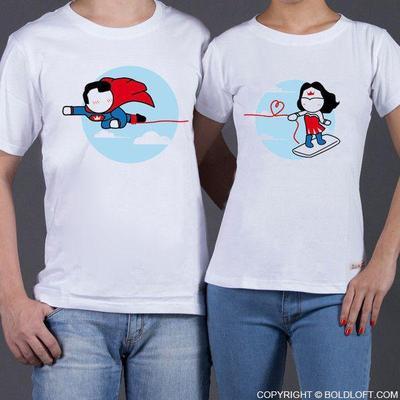 3. Kaos Couple Dengan Desain Unik