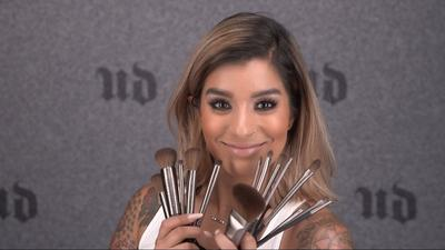 Tips Makeup untuk Kulit Berminyak dari MUA Urban Decay, Amanda Rodriguez