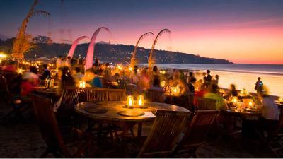 Romantic Dinner at Jimbaran Beach
