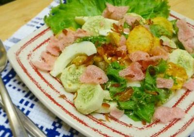 Ini Dia Salad Asli Dari Sumatera Barat, Dijamin Enak dan Sehat!