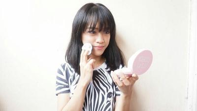 Shade Cushion-mu Terlalu Putih? DIY Cushion ala Beauty Blogger Cynda Ini Lebih Cocok untuk Kulitmu!