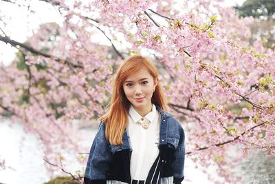 Berlibur Ke Jepang Saat Musim Sakura? Gunakan 5 Outfit Ini Agar Makin Stylish!
