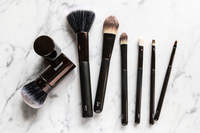 5 Brush Alternatif yang Bisa Kamu Temukan di Drugstore dengan Harga Miring (Bagian 1)