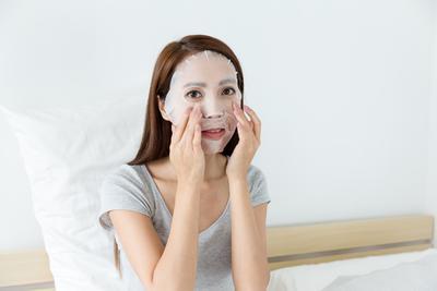 5 Rekomendasi Sheet Mask Korea Terjangkau untuk Jaga Kulitmu Tetap Lembap dan Glowing