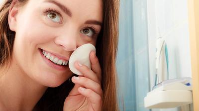9 Rekomendasi Micellar Water yang Ampuh Bersihkan Makeup Sekaligus Menutrisi Wajahmu