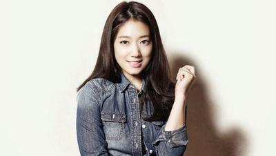 Pemilik Rambut Panjang Wajib Coba Hair Style Ala Artis dalam Drama Korea ini!