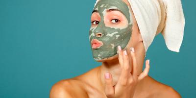 5 Alasan Ini Bikin Kamu Ingin Segera Rutin Memakai Masker Wajah!