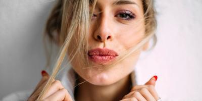 Kulit Tetap Terlihat Mulus & Flawless Walau Tanpa Makeup? Ini Rahasia Perawatan Cantiknya!