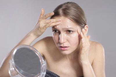 7 Tanda yang Menunjukkan Bahwa Kulitmu Tidak Cocok Terhadap Skincare Tertentu